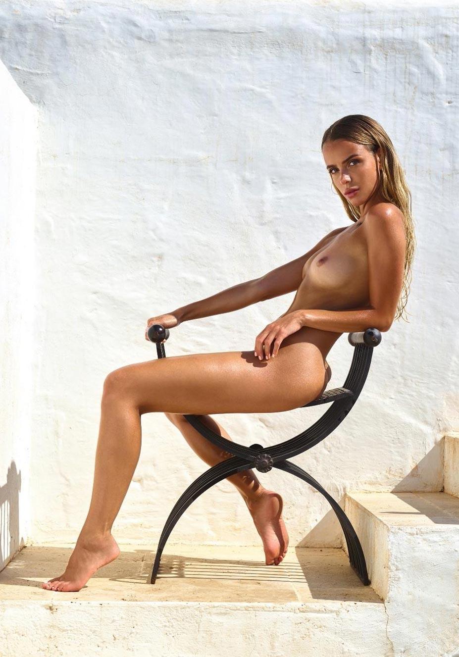 Тэйлор Брюманн - Девушка месяца Playboy Германия в мае 2021 / фото 03