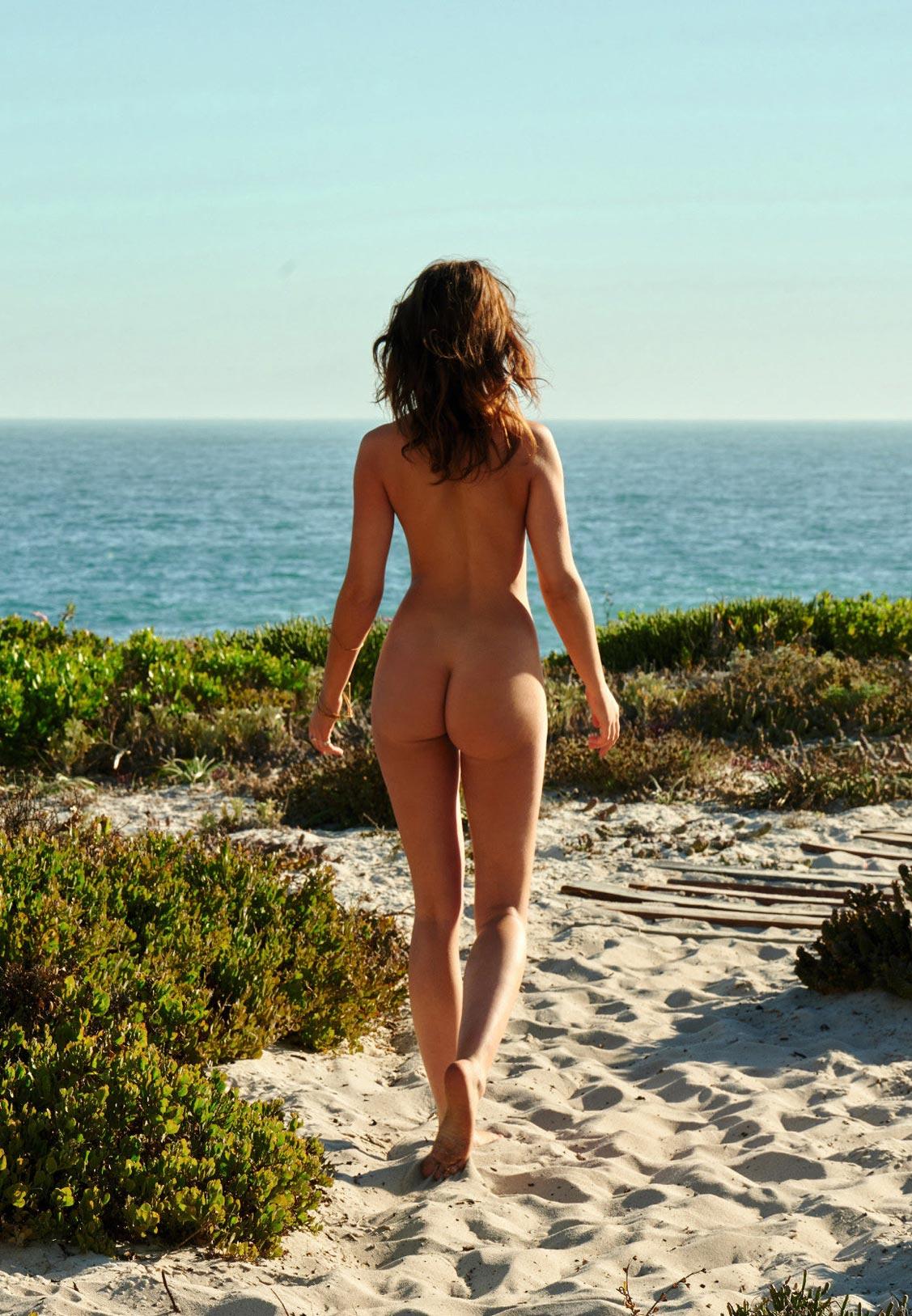 Zoelle - Девушка месяца Playboy Германия Июнь 2021 / фото 12