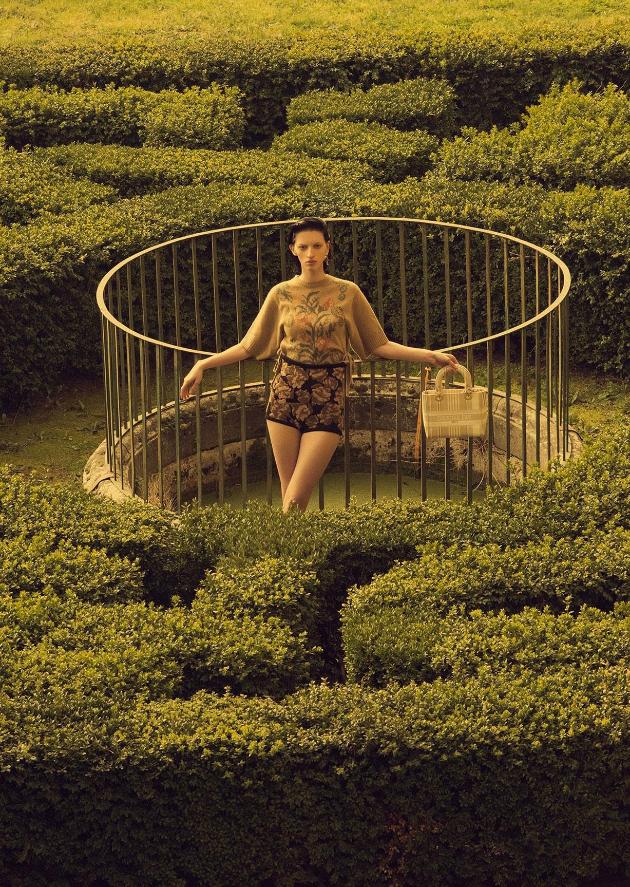 Алина Михеева и модная коллекция Dior на ферме под Флоренцией / фото 02