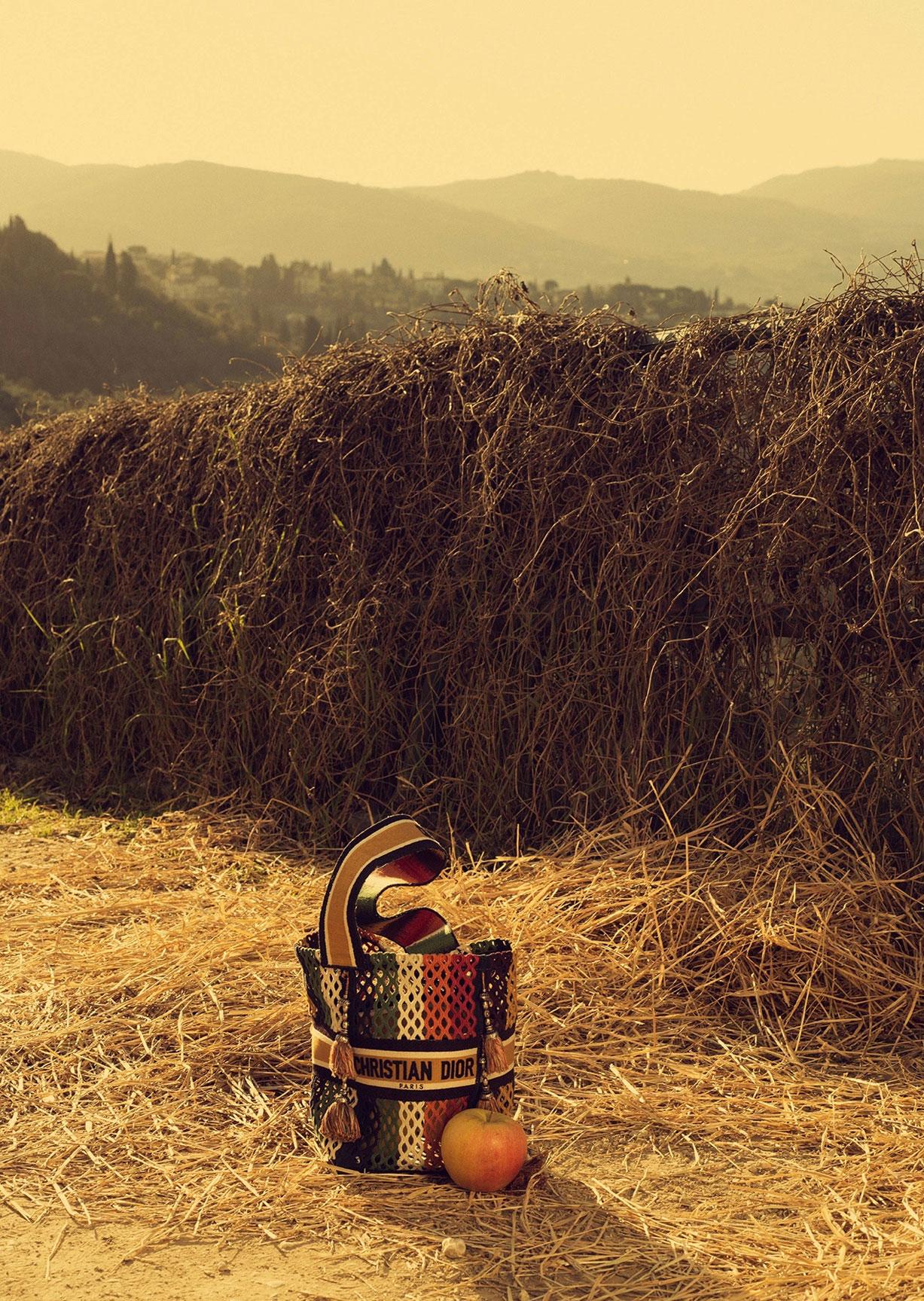 Алина Михеева и модная коллекция Dior на ферме под Флоренцией / фото 09