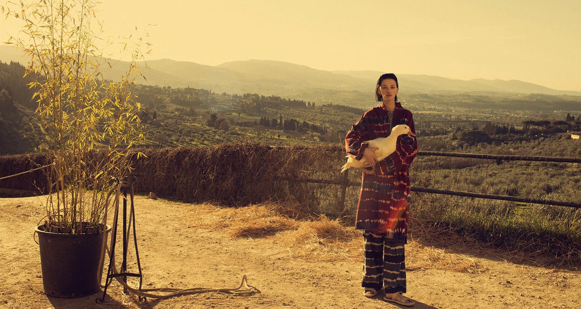 Алина Михеева и модная коллекция Dior на ферме под Флоренцией / фото 20