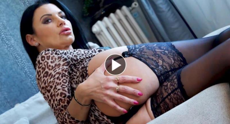 Ania Kinski - Mature Adventure [FullHD/1080p/3.46 Gb] HeavyOnHotties.com