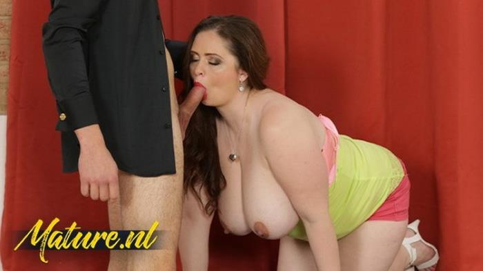 Unknown - Busty Brunette MILF Sirale Likes Fucking Sucking Younger Guys (2021 MilfCurves.com) [FullHD   1080p  395.32 Mb]