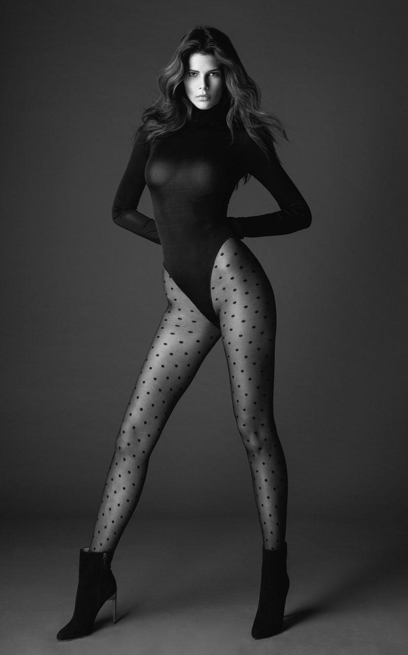 Моника Сима в черном нижнем белье / фото 05