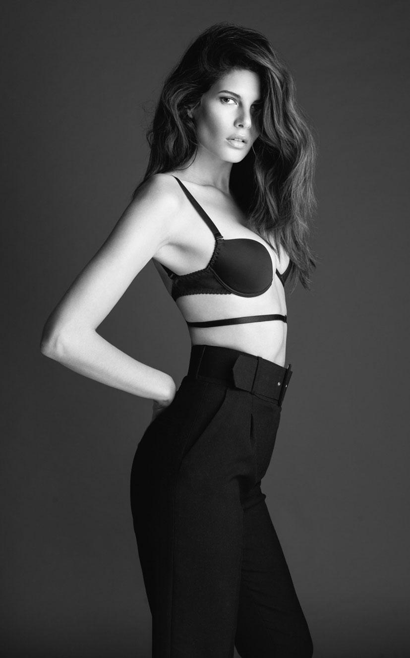 Моника Сима в черном нижнем белье / фото 11
