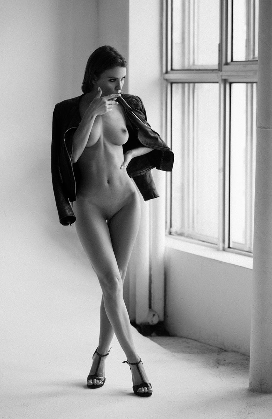 Кристина Макарова экспериментирует со стремянкой / фото 05