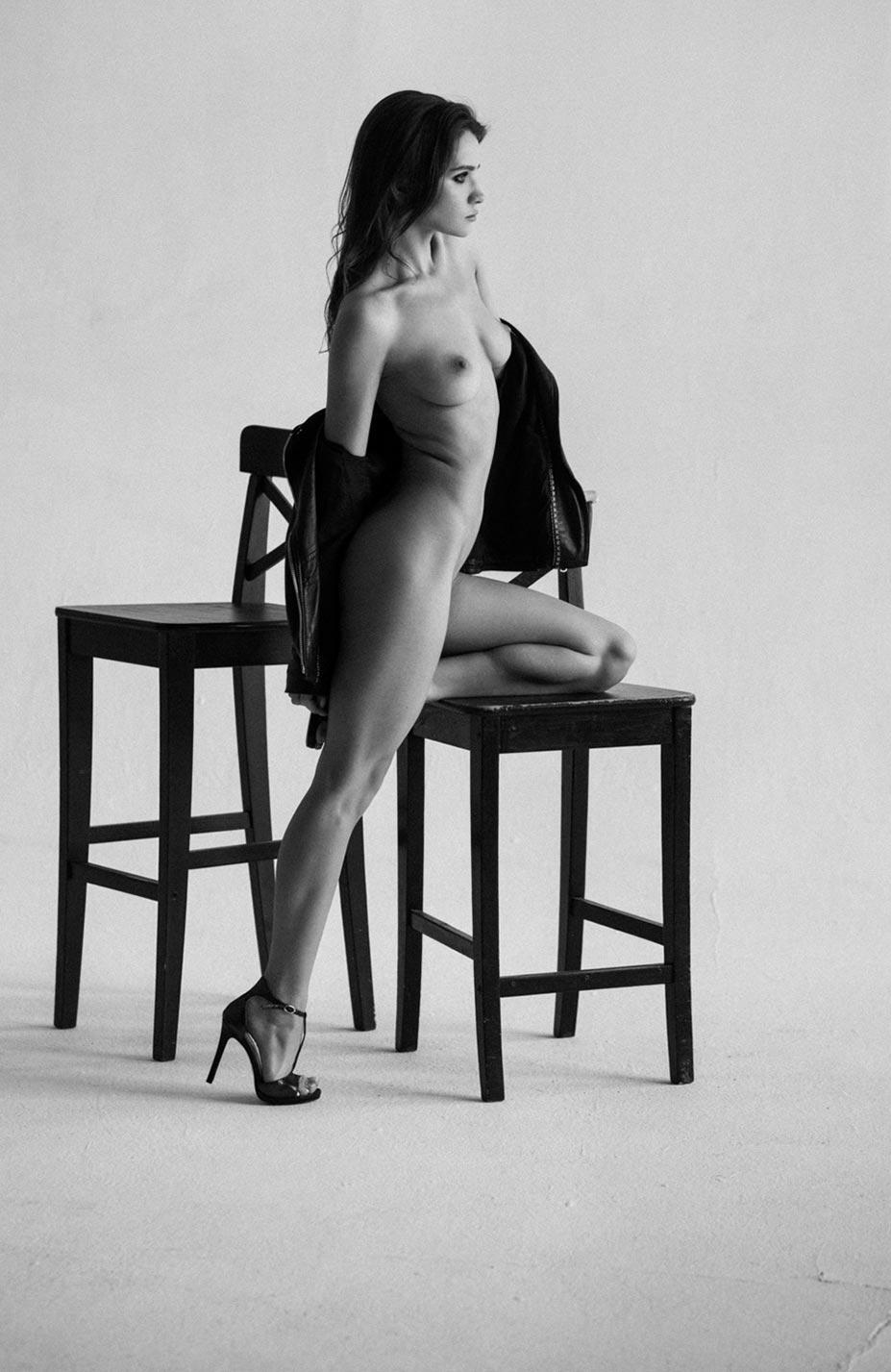Кристина Макарова экспериментирует со стремянкой / фото 06