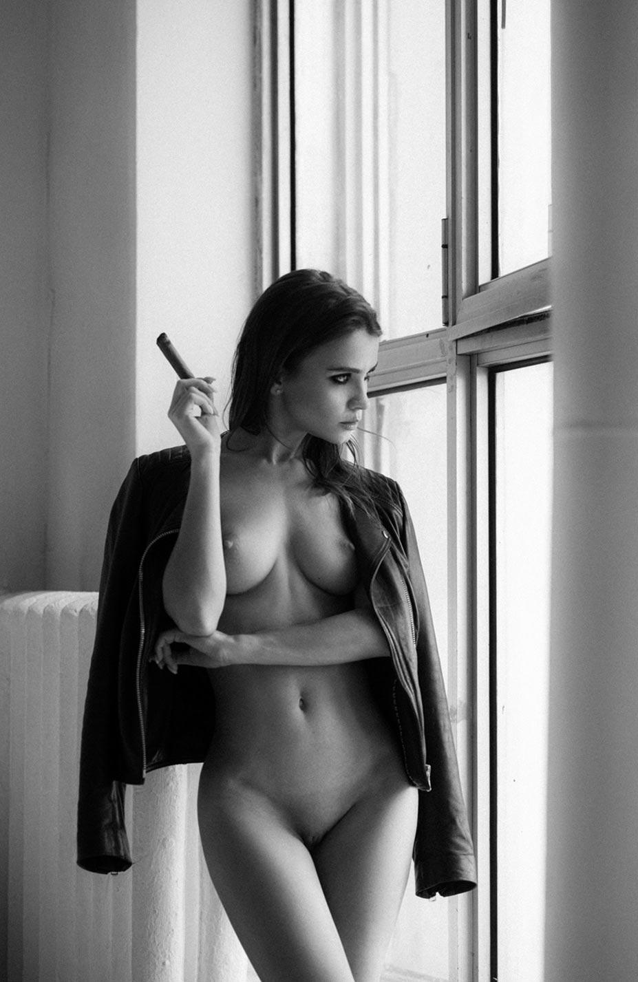 Кристина Макарова экспериментирует со стремянкой / фото 09