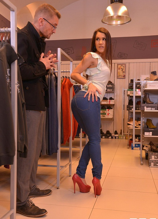 Samia Duarte - Blow Out Deal- Salesgirl Gets Her Ass And Pussy Stuffed In Store (HandsOnHardcore/DDFNetwork/FullHD) - Flashbit