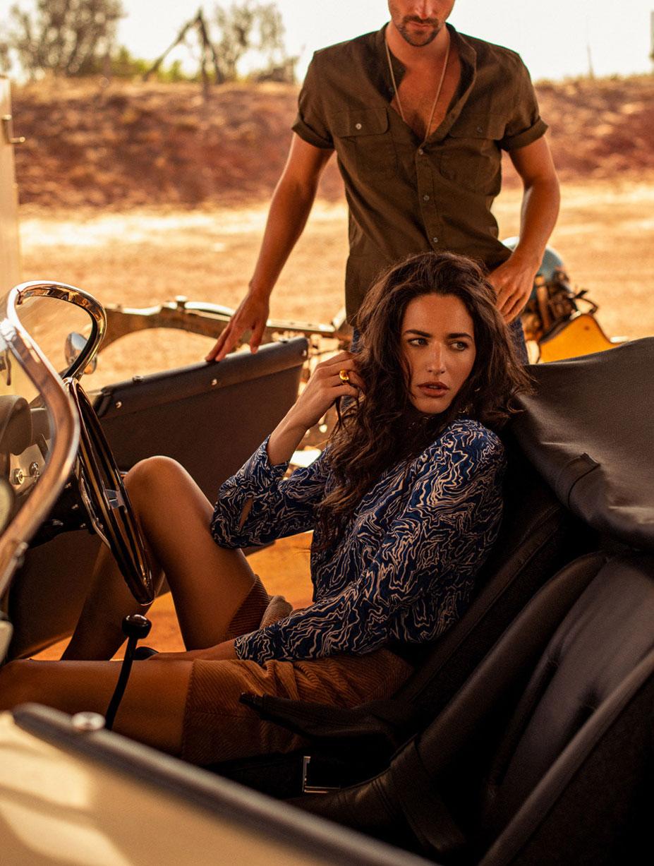 Кристина Милева со спутником на автозаправке в южно-африканском захолустье / фото 07