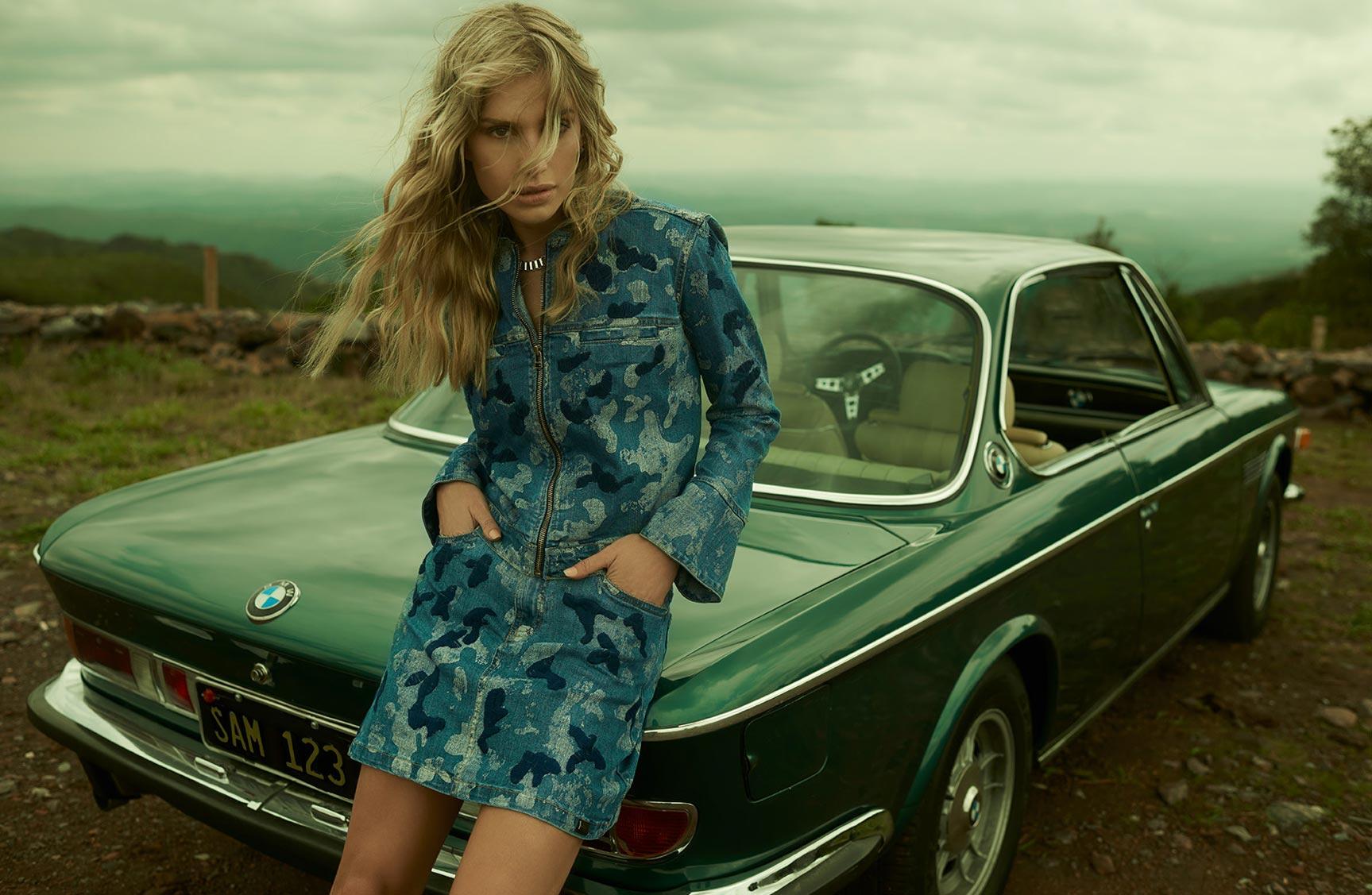 Две фотомодели в рекламной кампании одежды Claudia Rabelo Jeans / фото 09