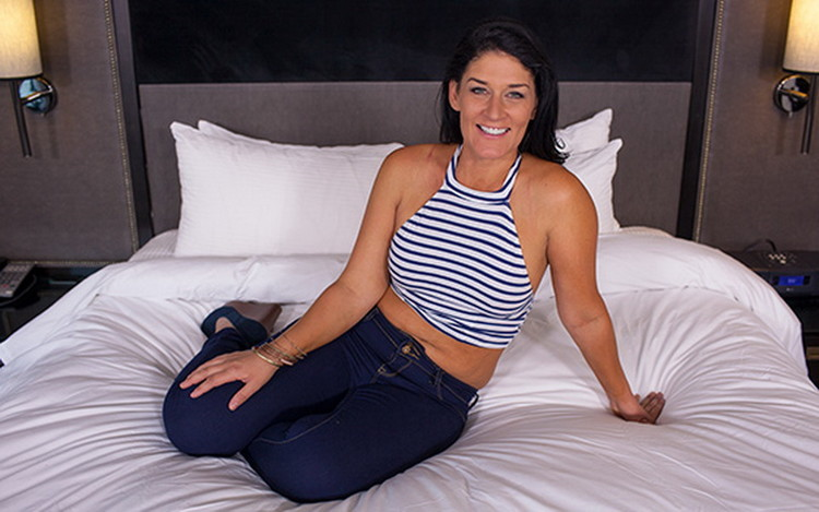 Jillian - Sexy Midwest MILF porn first timer [MomPov] HD 720p