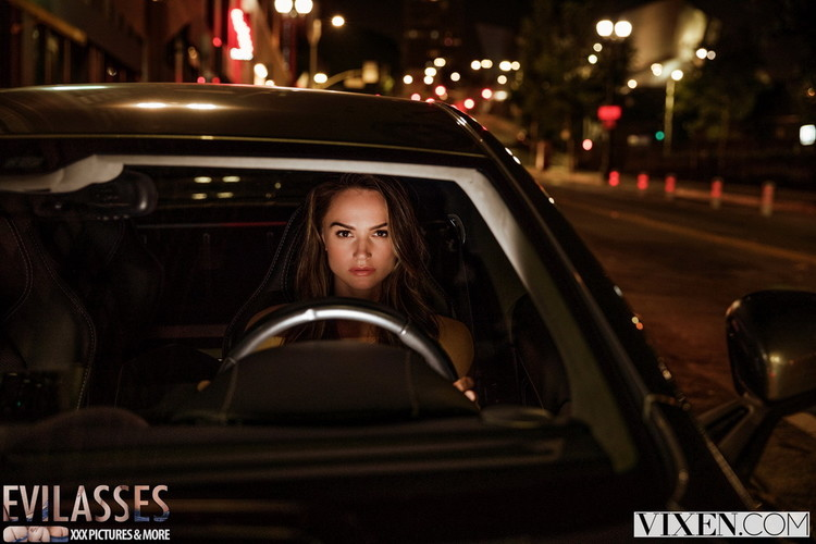 Vixen: Tori Black - After Dark Part 4 [FullHD 1080p] (2.99 GB)