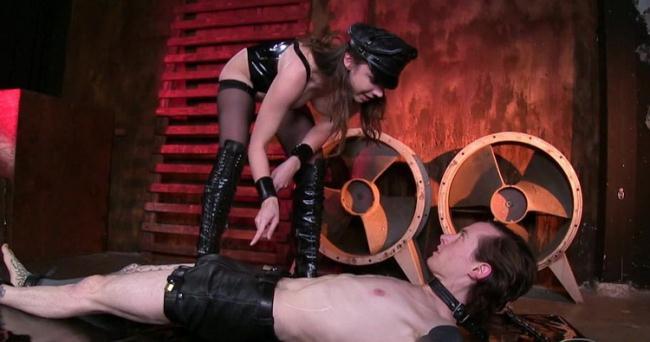 Tiffany Tyler - For Mistress Pleasure Only (2021 FemdomEmpire.com) [HD   720p  532.15 Mb]