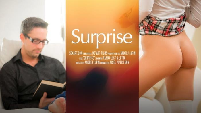 Vanda Lust - Surprise (2021 SexArt.com) [FullHD   1080p  1.4 Gb]