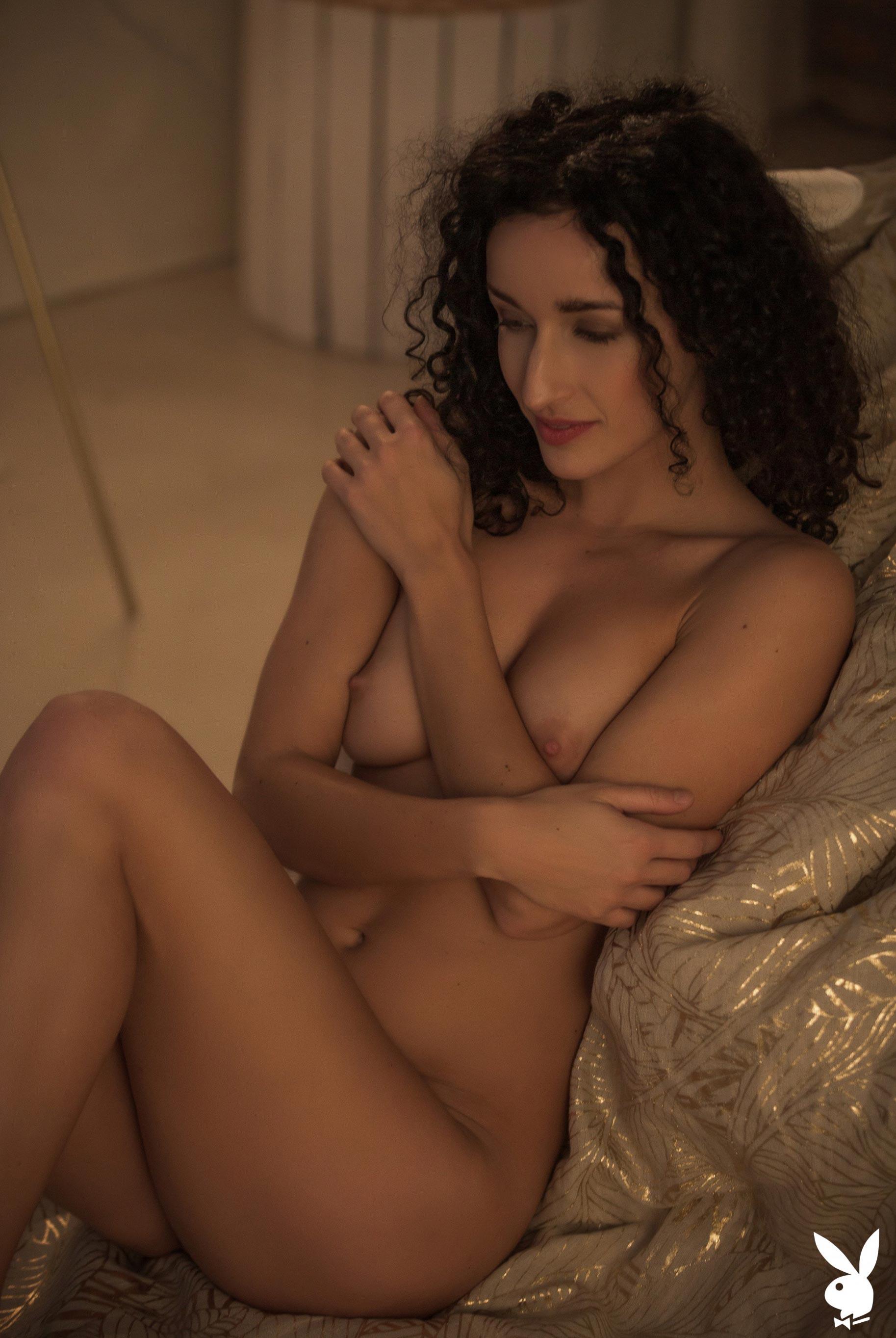 сексуальная венгерская модель Люси в спокойной домашней обстановке / фото 16