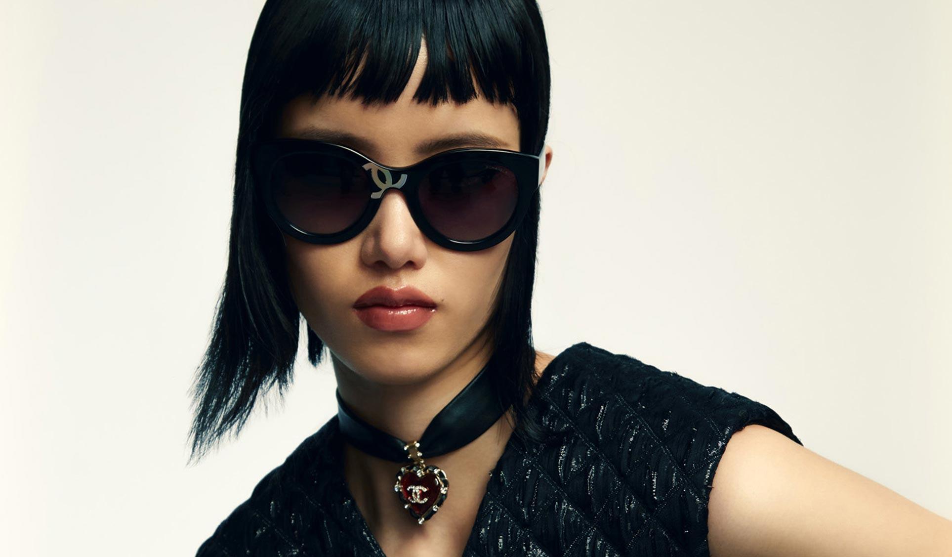 рекламная кампания модных солнечных очков и аксессуаров / фото 01