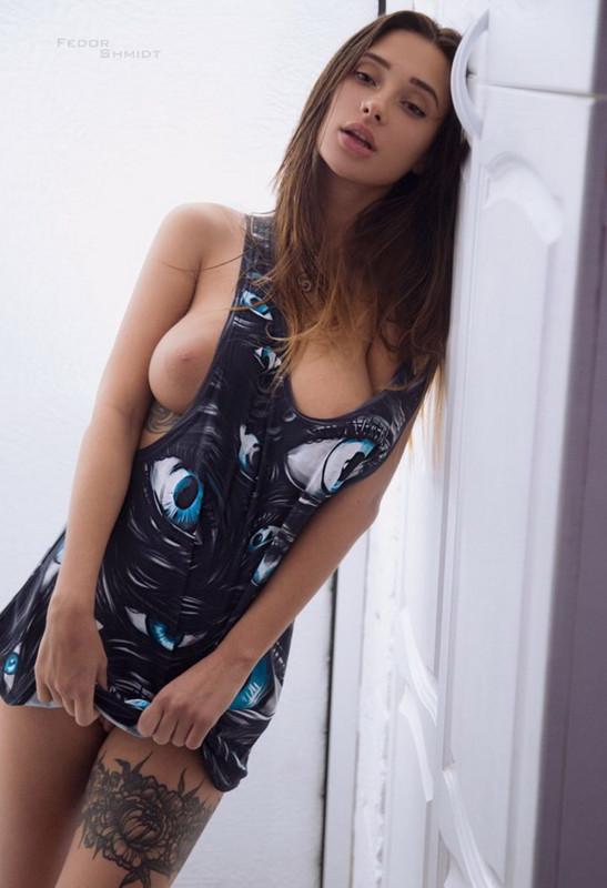 Liya Silver - Liya Silver, her 1st Dorcelscene (2021 DorcelClub.com Dorcel.com) [2K UHD   2160p  2.6 Gb]