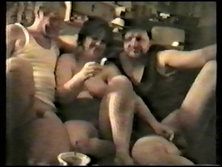 Amateur - Russian amateur video of the 90s. [Russian / SD 576p]