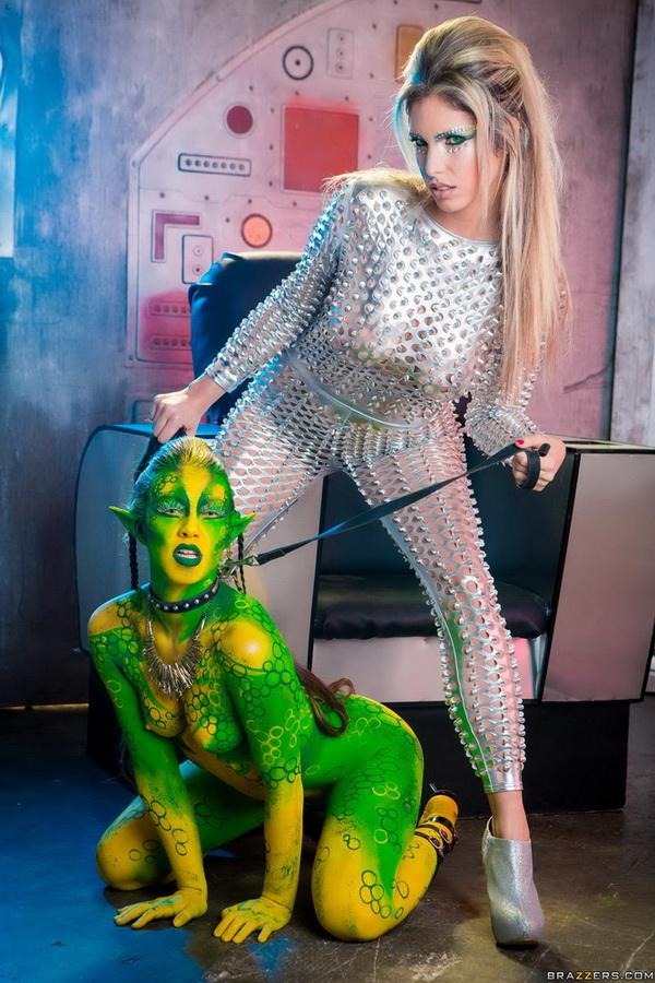 Eva Parcker, Tiffany Doll - Fuck Me Earthling (BrazzersExxtra/Brazzers/FullHD) - Flashbit